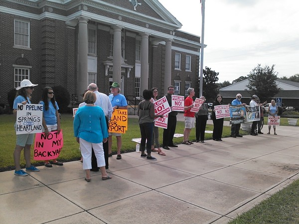 600x450 Protesters, in Pipeline protesters, Leesburg, GA, by John S. Quarterman, 10 July 2014