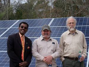 300x225 Ron Jackson, Alton Burns, John S. Quarterman, in Alton Burns' solar panels, by Alton Burns, 13 February 2015